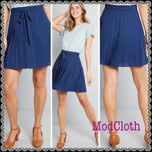 ModCloth Purely Pretty Mini Skirt in Size 2